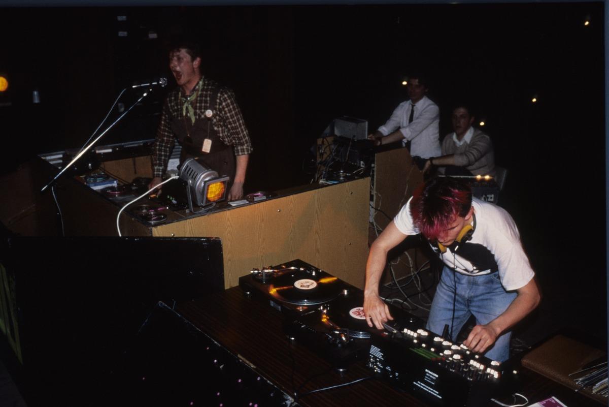 nsrd-1987-eastbam-b2b-westbam-riga